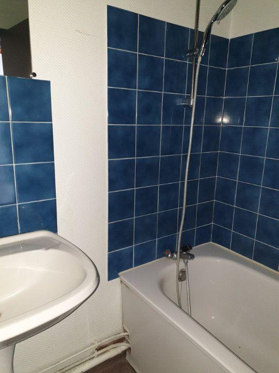 Appartement à louer 2 46.27m2 à La Charité-sur-Loire vignette-4