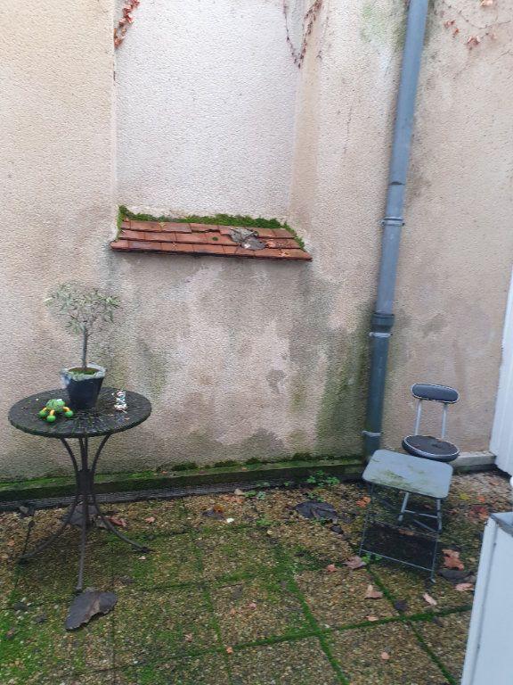Appartement à louer 3 80m2 à La Charité-sur-Loire vignette-6