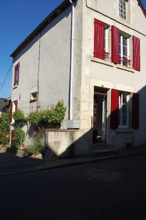 Maison à louer 3 65m2 à Sancerre vignette-1