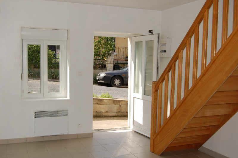 Appartement à louer 2 36m2 à Saint-Satur vignette-2