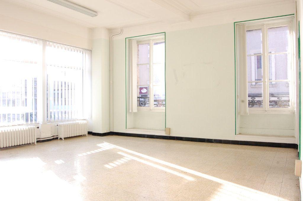 Immeuble à vendre 0 163m2 à Vailly-sur-Sauldre vignette-3