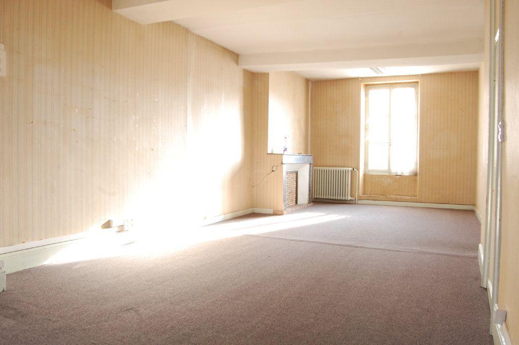 Immeuble à vendre 0 163m2 à Vailly-sur-Sauldre vignette-8