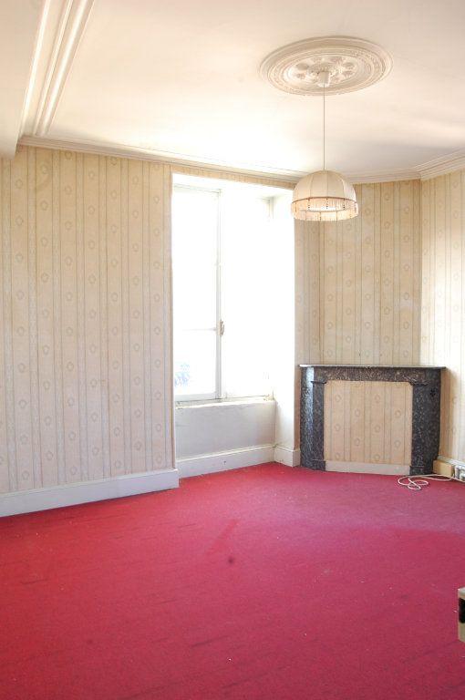 Immeuble à vendre 0 163m2 à Vailly-sur-Sauldre vignette-10