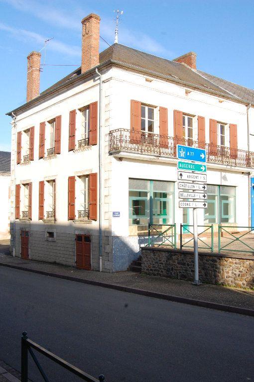 Immeuble à vendre 0 163m2 à Vailly-sur-Sauldre vignette-12