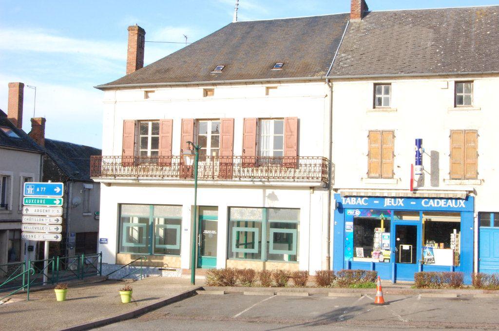 Immeuble à vendre 0 163m2 à Vailly-sur-Sauldre vignette-14