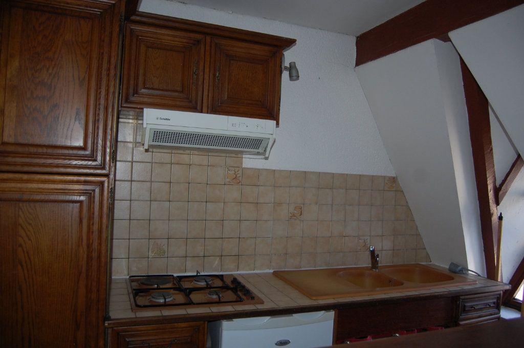 Appartement à louer 2 31m2 à Sancerre vignette-4