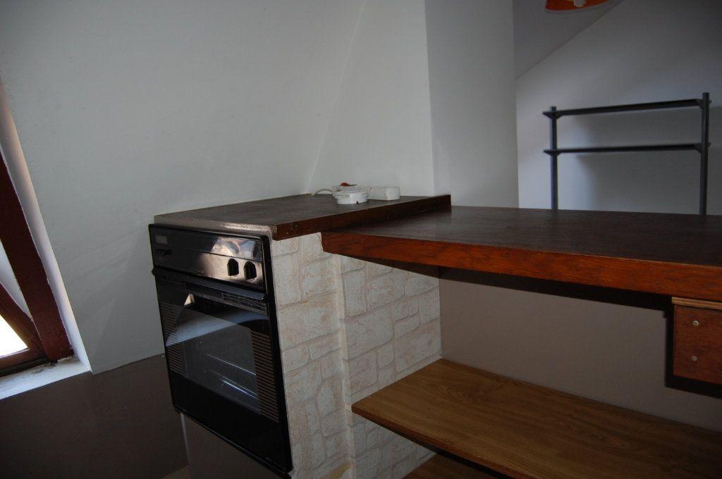 Appartement à louer 2 31m2 à Sancerre vignette-5