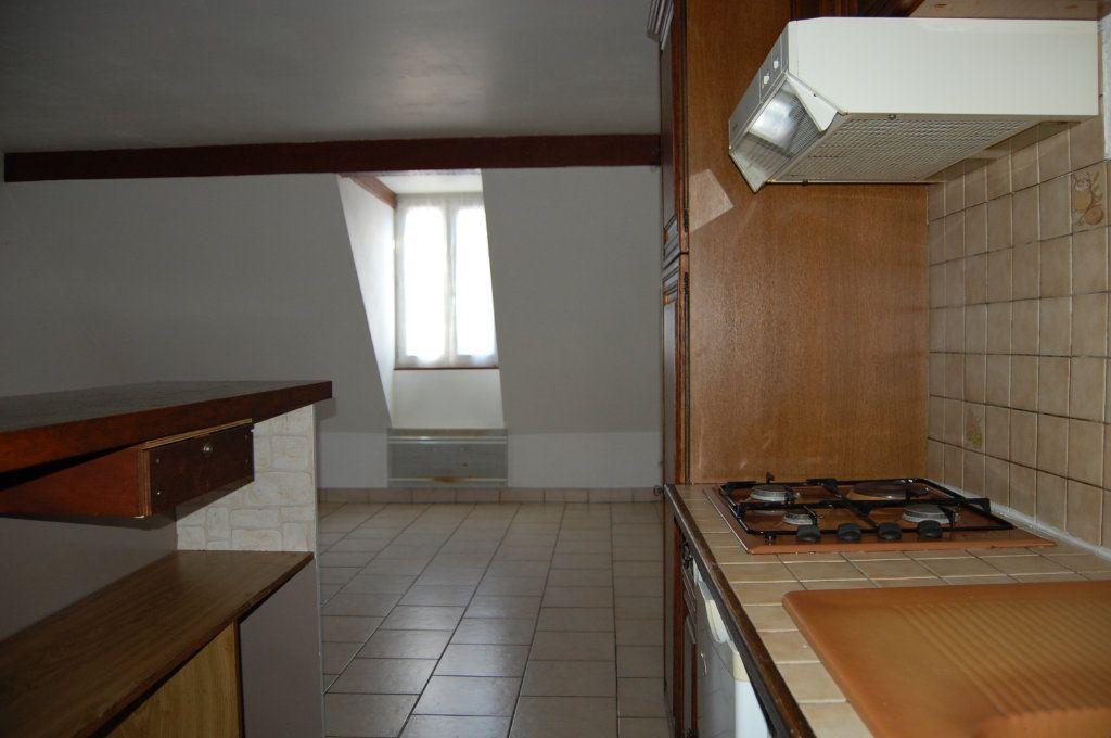 Appartement à louer 2 31m2 à Sancerre vignette-6