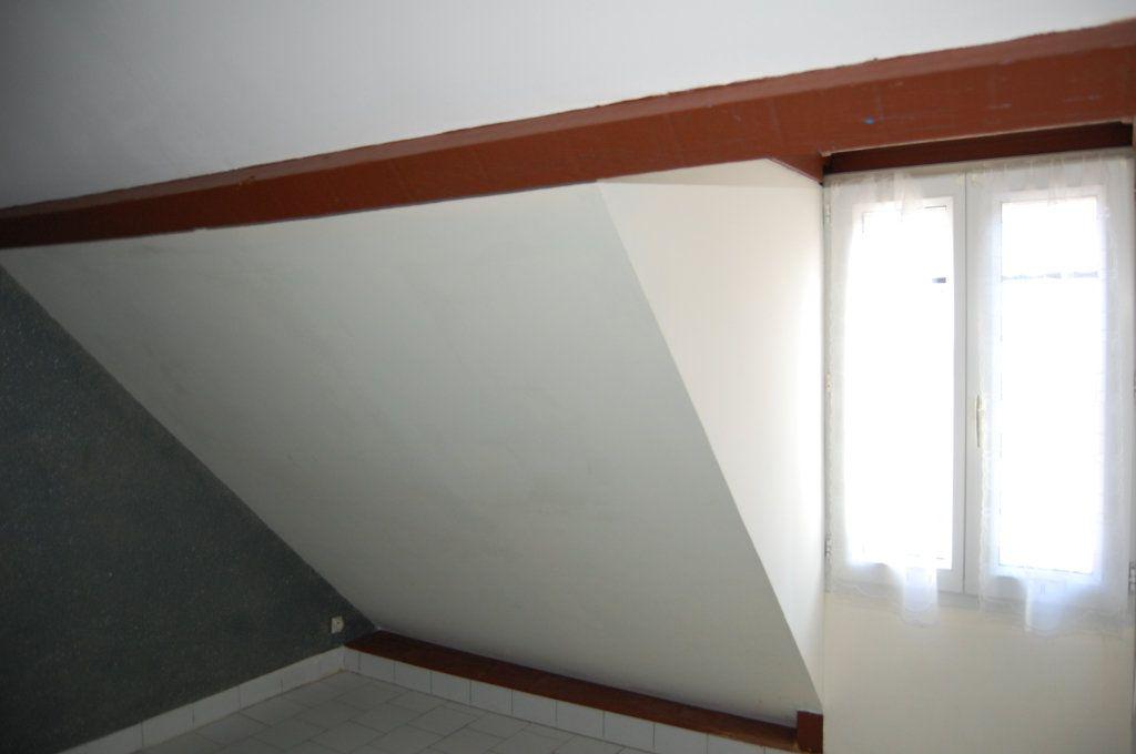 Appartement à louer 2 31m2 à Sancerre vignette-8