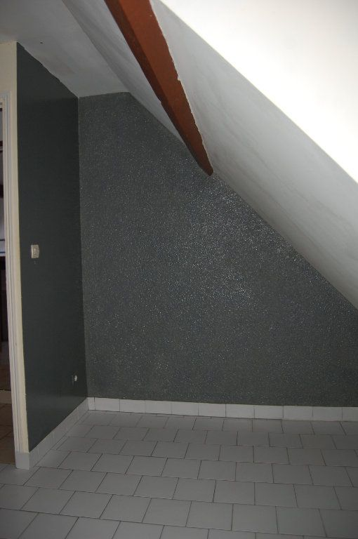 Appartement à louer 2 31m2 à Sancerre vignette-9