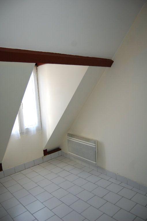 Appartement à louer 2 31m2 à Sancerre vignette-10