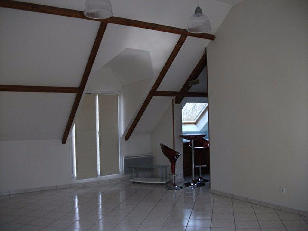 Appartement à louer 3 62.45m2 à Quincy-Voisins vignette-5