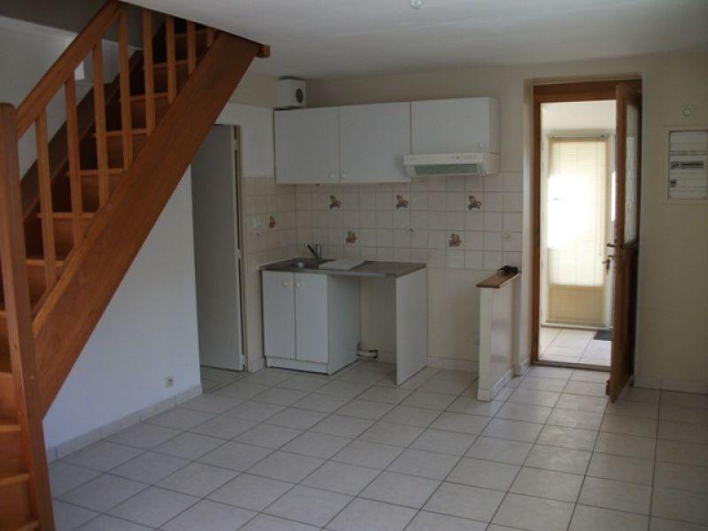 Appartement à louer 3 57.04m2 à Nanteuil-lès-Meaux vignette-1