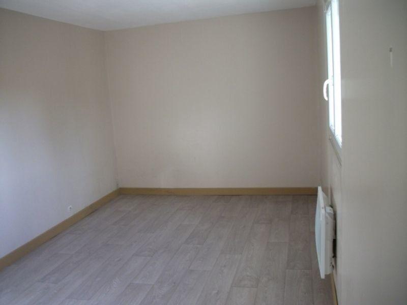 Appartement à louer 3 57.04m2 à Nanteuil-lès-Meaux vignette-2