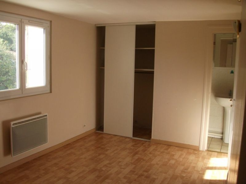 Appartement à louer 3 57.04m2 à Nanteuil-lès-Meaux vignette-3