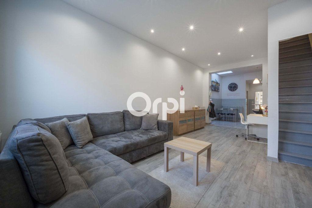 Maison à vendre 4 95m2 à Wattrelos vignette-2