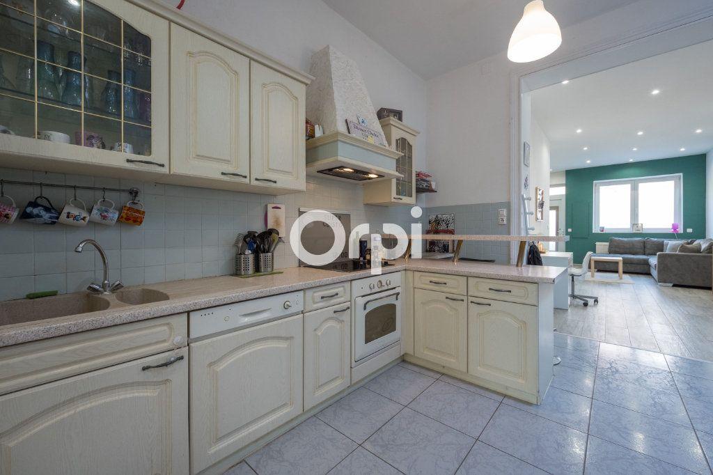 Maison à vendre 4 95m2 à Wattrelos vignette-4