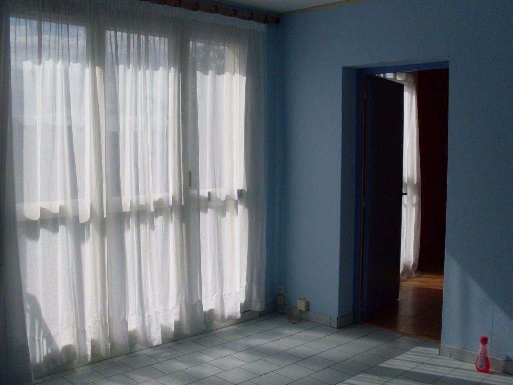 Appartement à louer 2 43m2 à Noyon vignette-1