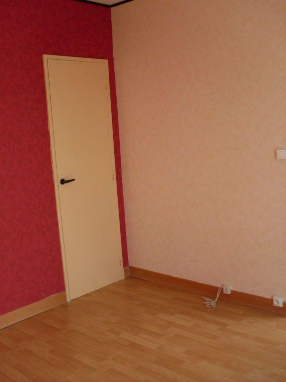 Appartement à louer 2 43m2 à Noyon vignette-4