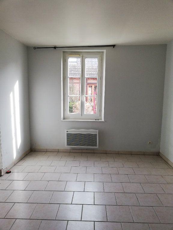 Maison à louer 2 48m2 à Beaulieu-les-Fontaines vignette-6