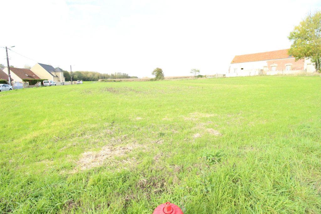 Terrain à vendre 0 1050m2 à Évricourt vignette-2