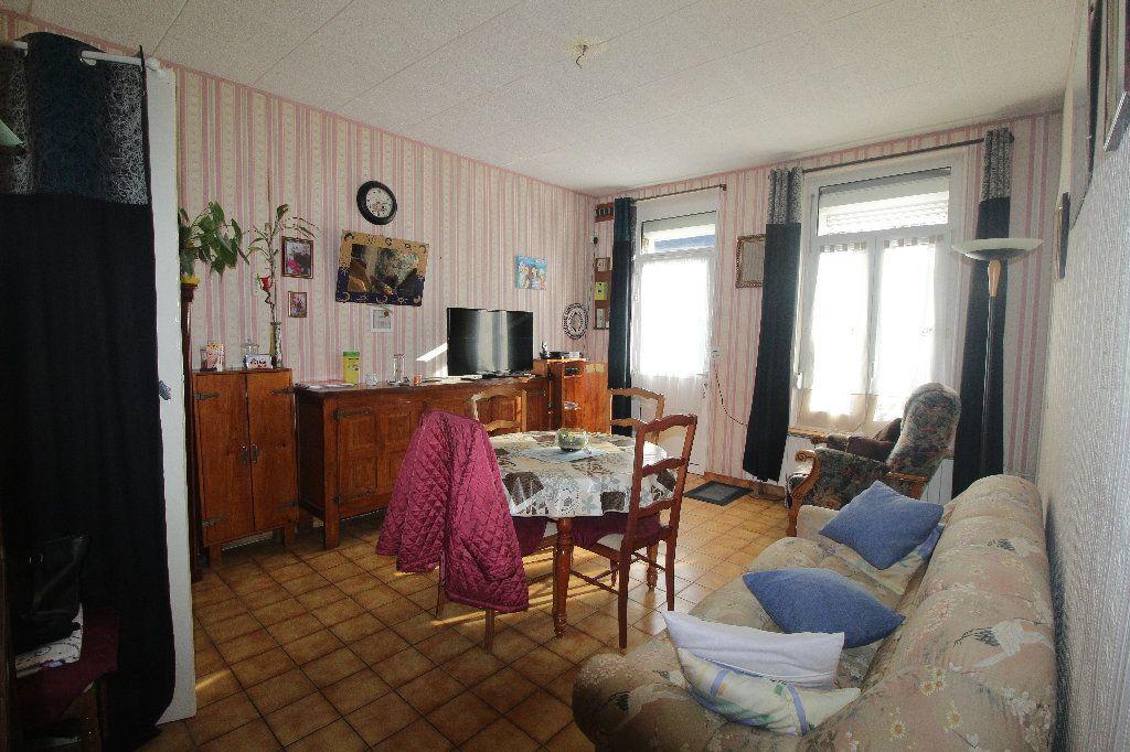 Maison à vendre 5 116m2 à Aubigny-aux-Kaisnes vignette-3