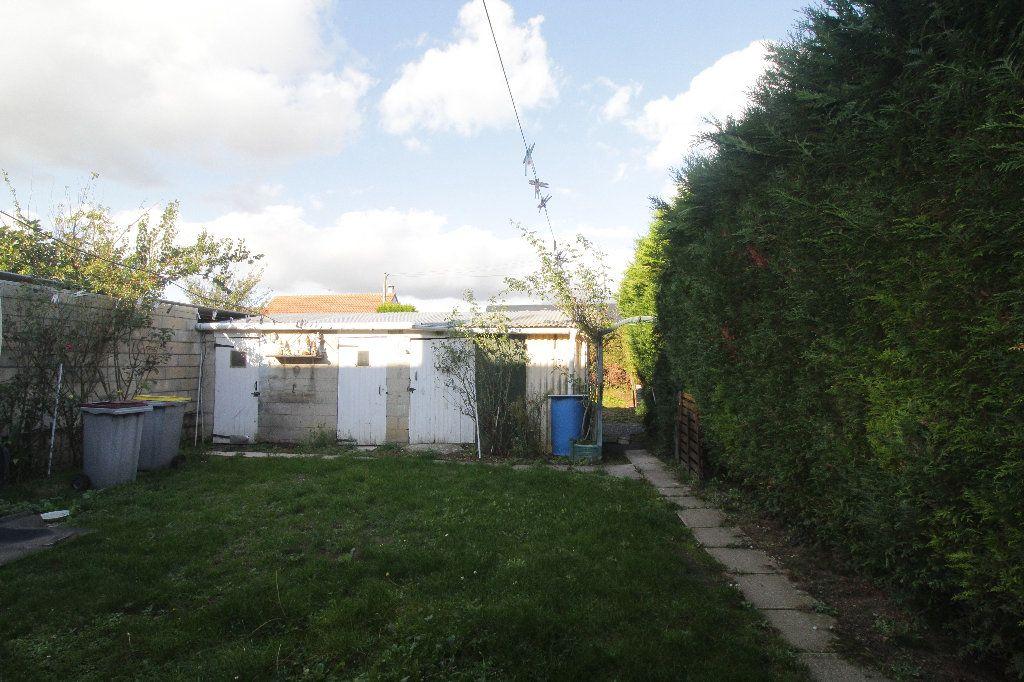Maison à vendre 5 116m2 à Aubigny-aux-Kaisnes vignette-7