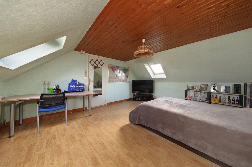 Maison à vendre 4 124.38m2 à Blérancourt vignette-8