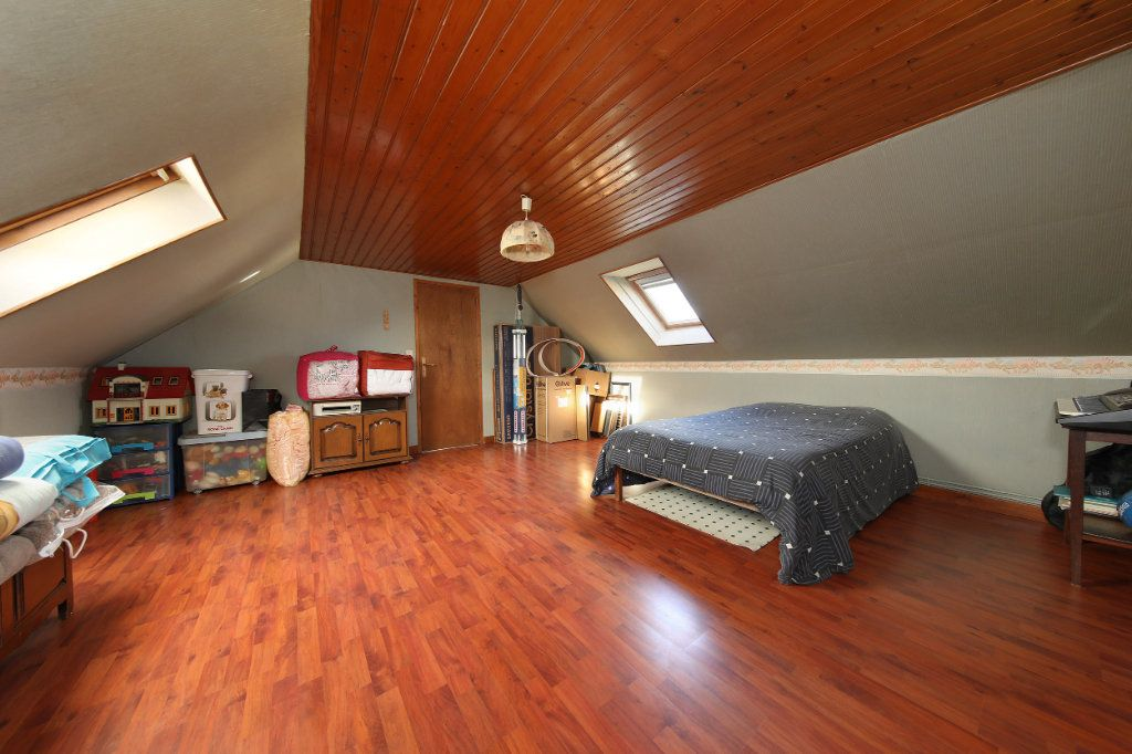 Maison à vendre 4 124.38m2 à Blérancourt vignette-9