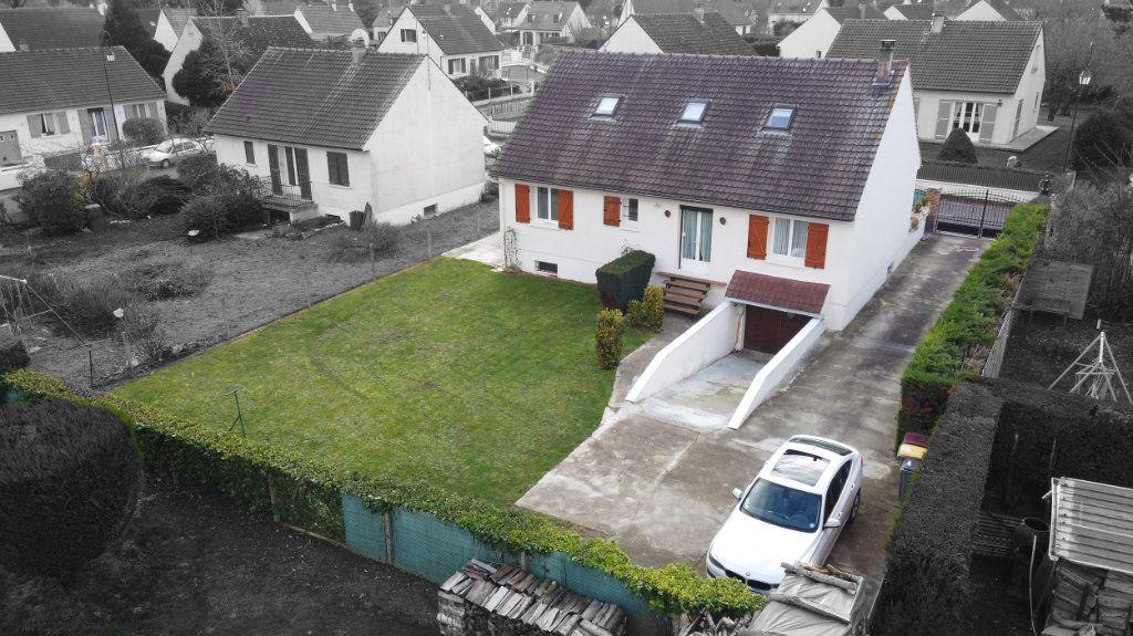 Maison à vendre 4 124.38m2 à Blérancourt vignette-13