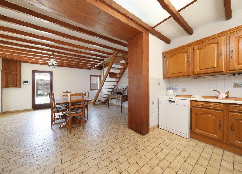 Maison à vendre 7 187m2 à Hombleux vignette-3