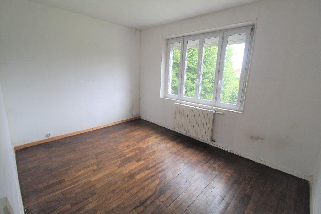 Appartement à louer 4 72.48m2 à Foreste vignette-3