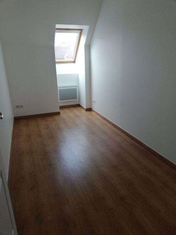 Appartement à louer 3 63.42m2 à Noyon vignette-4