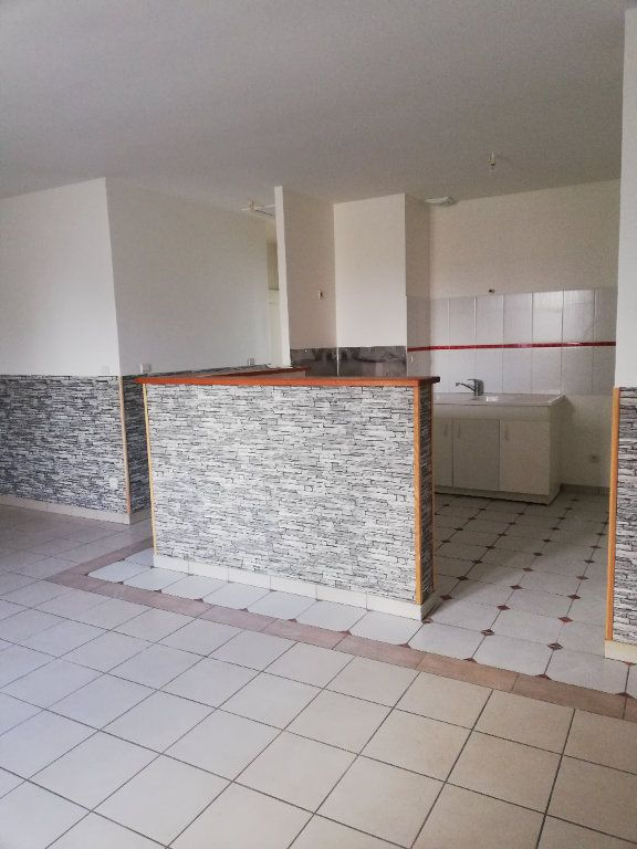 Appartement à louer 3 63.42m2 à Noyon vignette-9
