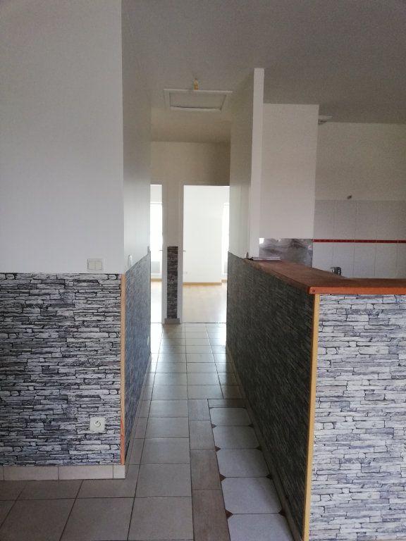 Appartement à louer 3 63.42m2 à Noyon vignette-12