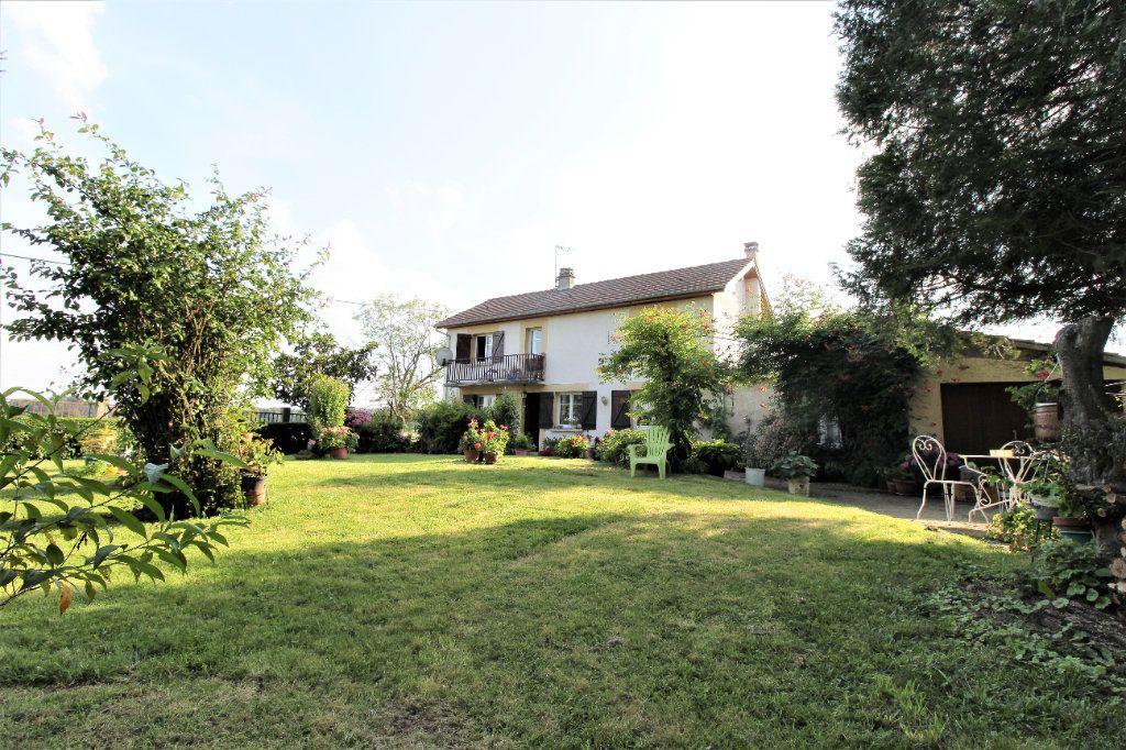 Maison à vendre 6 134.88m2 à Noyon vignette-1