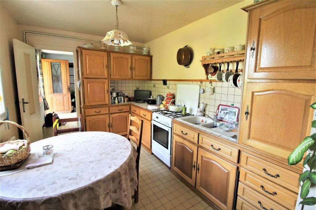 Maison à vendre 6 134.88m2 à Noyon vignette-4