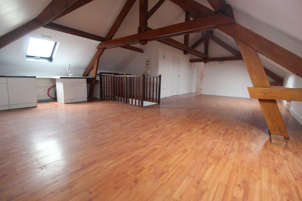 Appartement à louer 2 48.73m2 à Eppeville vignette-1