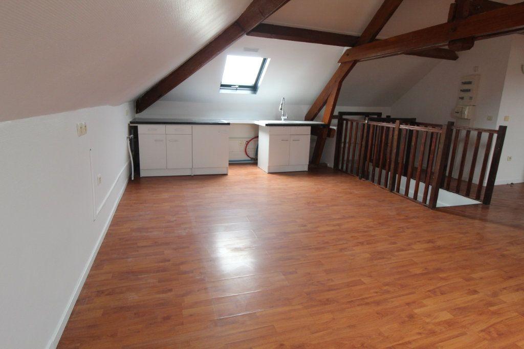 Appartement à louer 2 48.73m2 à Eppeville vignette-2