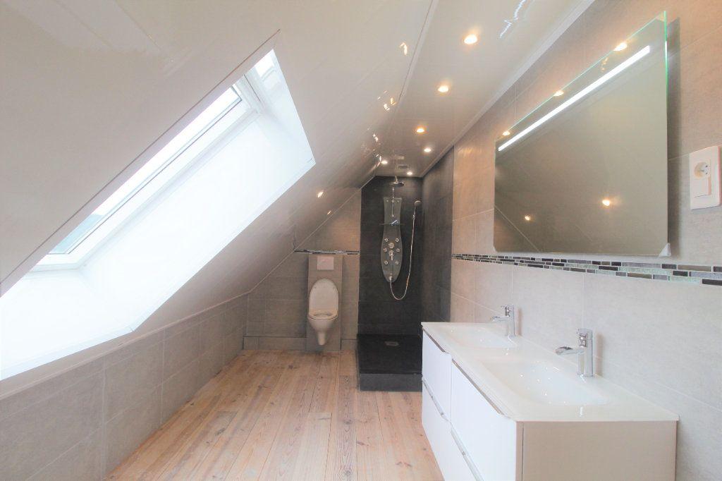 Maison à vendre 8 174.34m2 à Buverchy vignette-6