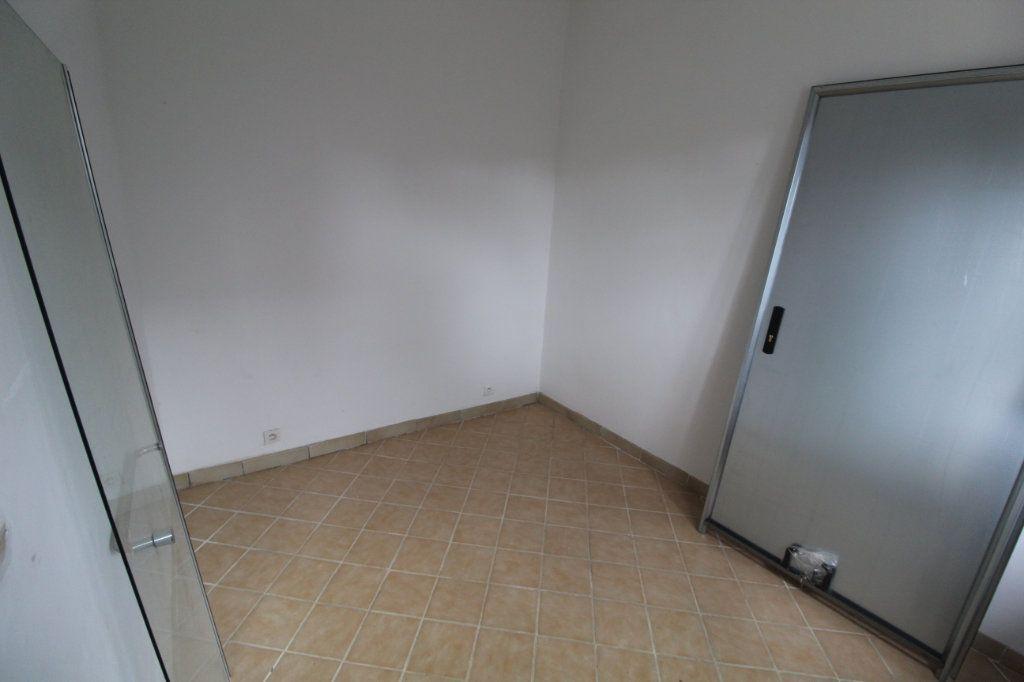Appartement à louer 2 22.43m2 à Moyencourt vignette-1
