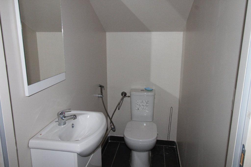 Appartement à louer 3 75.6m2 à Noyon vignette-9