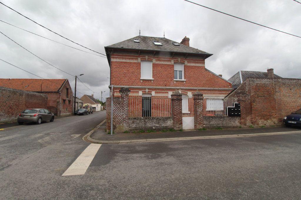 Appartement à louer 1 16.97m2 à Moyencourt vignette-2