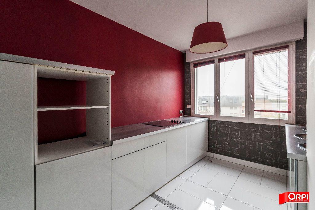 Appartement à louer 3 72m2 à Reims vignette-1