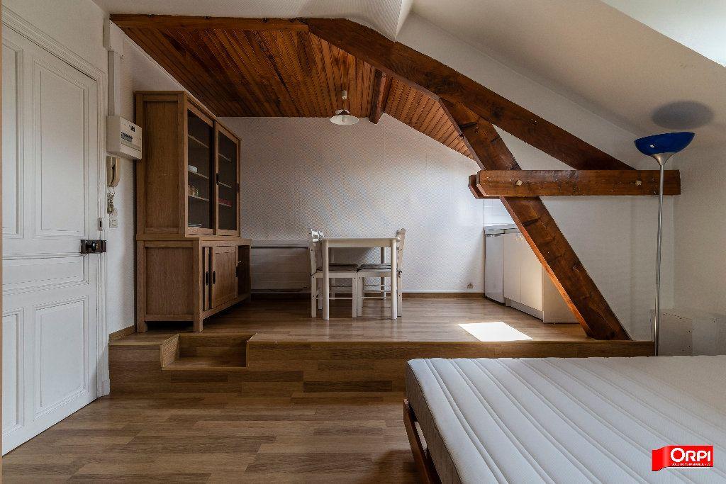 Appartement à louer 1 26m2 à Reims vignette-4