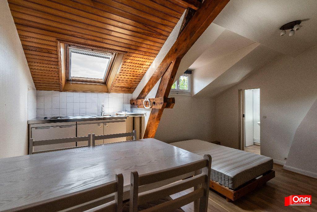 Appartement à louer 1 26m2 à Reims vignette-7