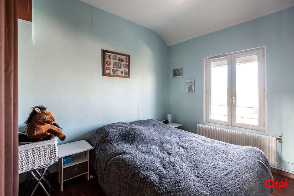 Appartement à louer 3 56.85m2 à Reims vignette-5