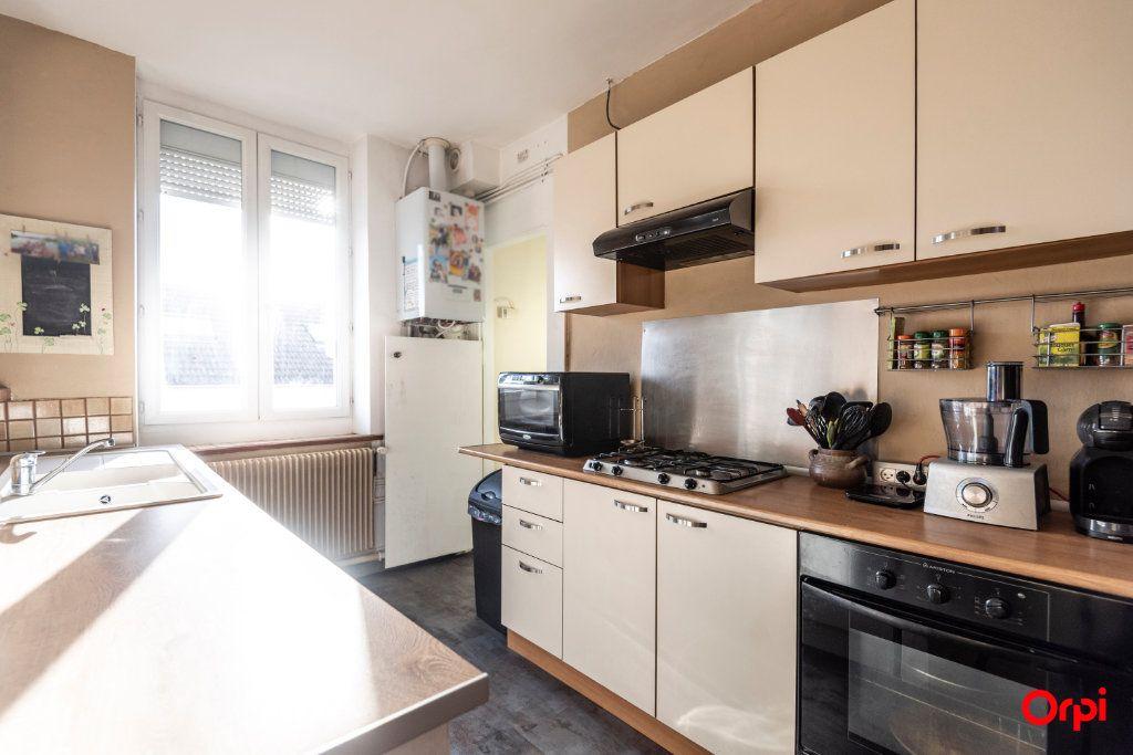 Appartement à louer 3 56.85m2 à Reims vignette-10