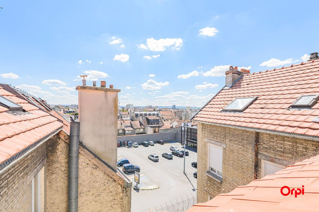 Appartement à louer 1 16.06m2 à Reims vignette-8
