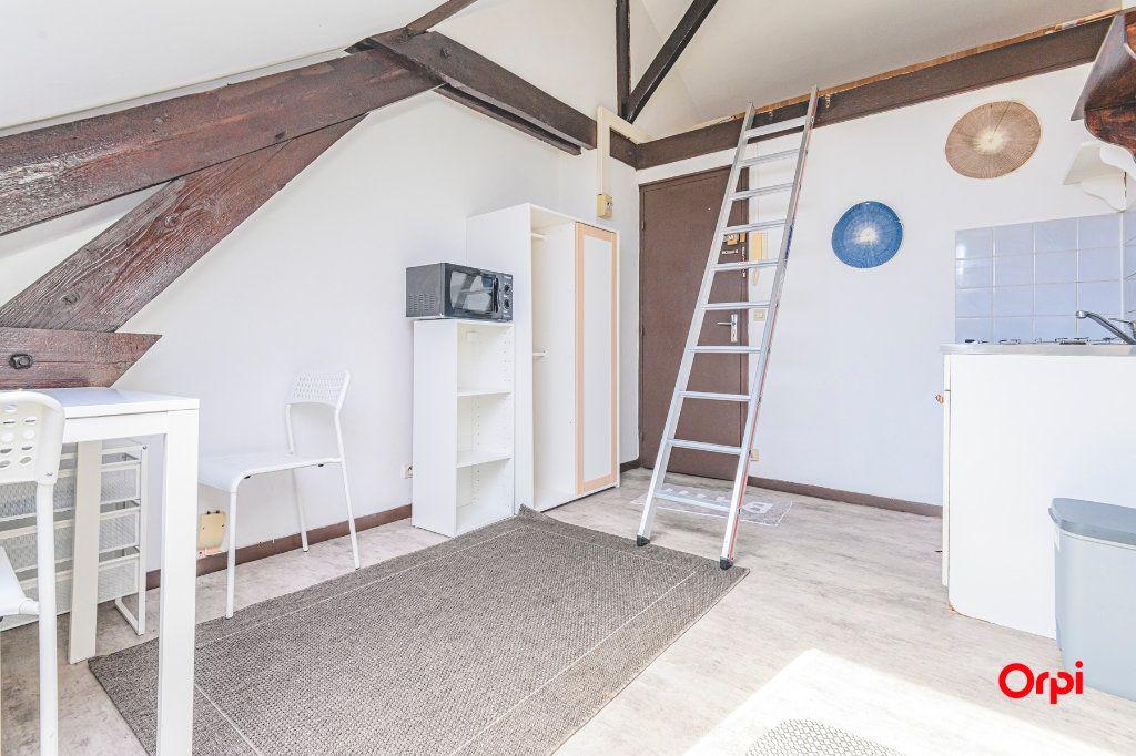 Appartement à louer 1 16.06m2 à Reims vignette-9
